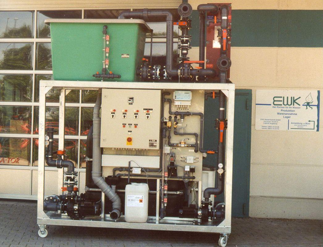 EWKS-Kompaktkuehlanlage-Systemtrennung-Kunststoffspritzerei